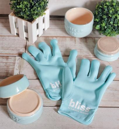 $36bliss glamour gloves @ Bliss