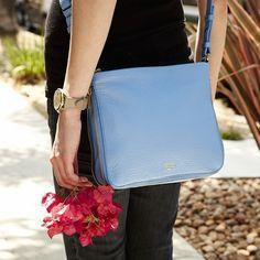 Up to 60% Off Fossil Handbags & Wallets Sale @ 6PM.com