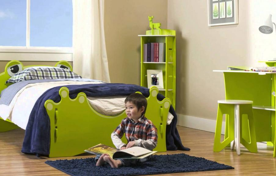 $324.75 Legare Frog Green and White Twin Bedroom Set