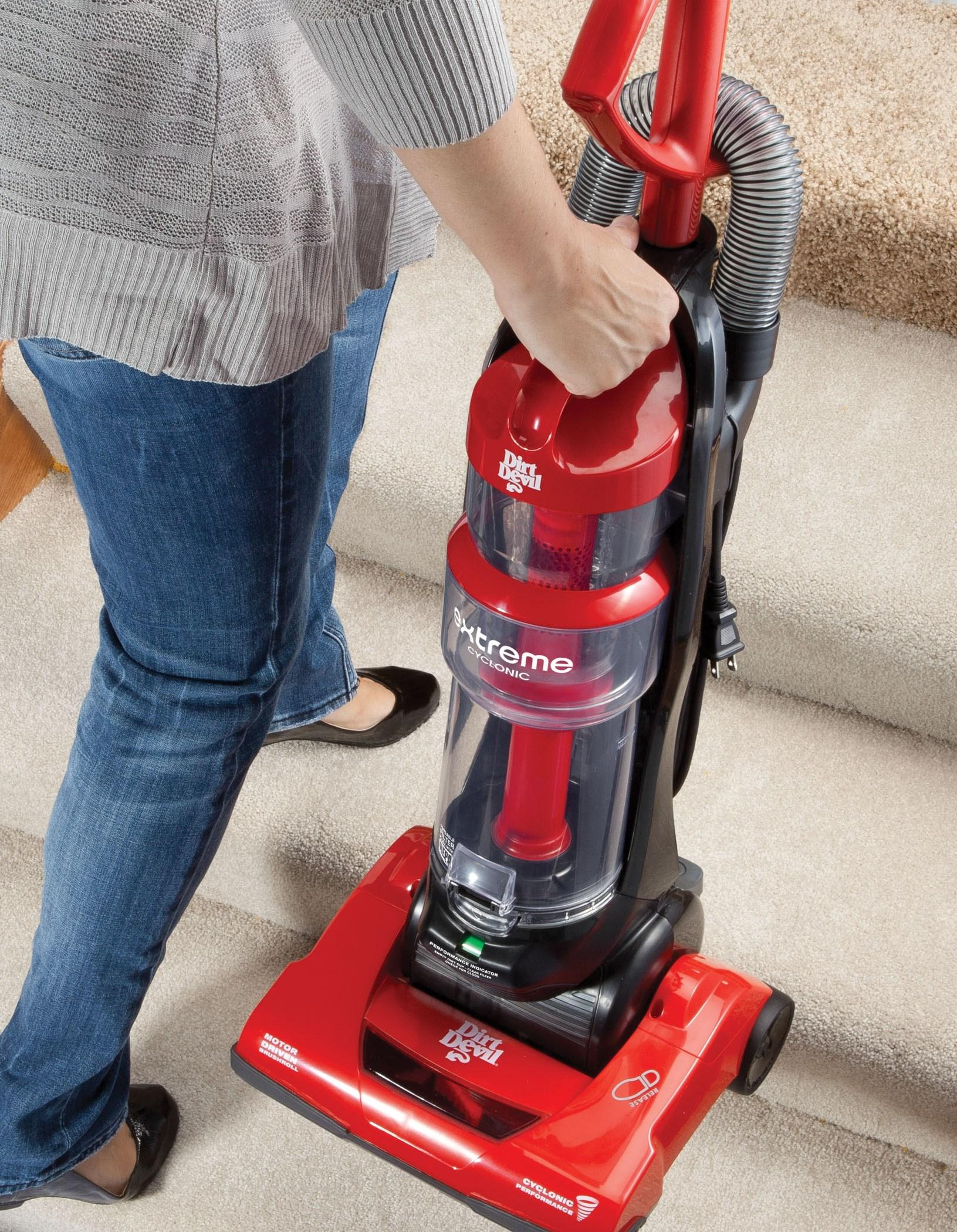 Dirt Devil Extreme Cyclonic Quick Vac Bagless Upright Vacuum