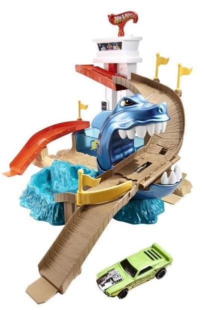 Hot Wheels Color Shifters Sharkport Showdown Trackset @ Amazon.com
