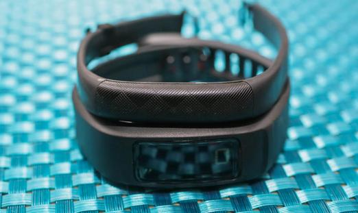 Garmin Vivofit 2 Bluetooth Fitness Band with Optional Heart Rate Monitor