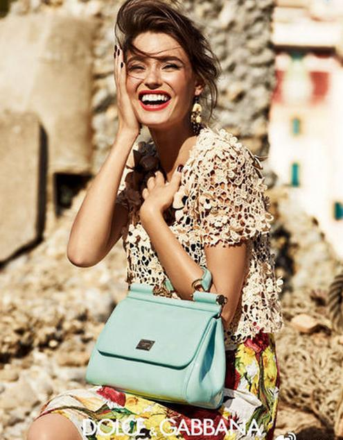 From $426 Dolce & Gabbana Handbags @ Farfetch