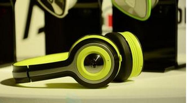 Monster iSport Freedom Wireless Bluetooth On-Ear Headphones