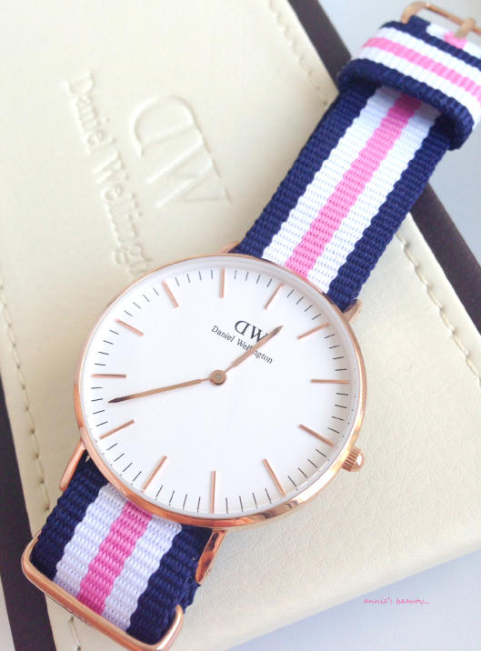 Daniel Wellington Women's 0605DW Glasgow Analog Display Quartz Multi-Color Watch