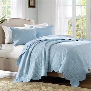 Up to 90% Off Select Bedding @ Designer Living