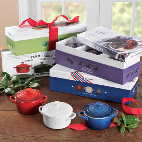 Free Shipping + Free GiftLe Creuset Labor Day Sale @ Le Creuset