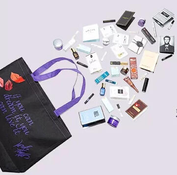 Free 25 Pc Gift + Tote with Any $125 Beauty Purchase at Lord & Taylor