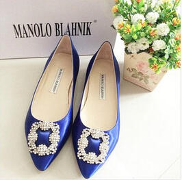 Up to $10000 Gift Card Manolo Blahnik Shoes @ Bergdorf Goodman