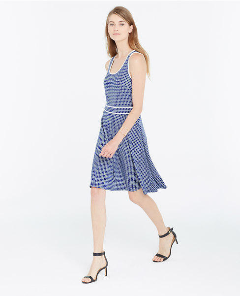Extra 60% Off Sale Items at Ann Taylor