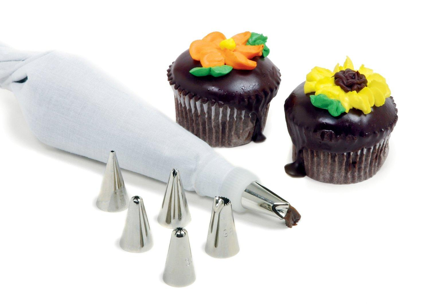 Norpro 8 Piece Cake Decorating Set