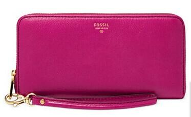 $49.99+Up to Extra 25% Off Fossil Sydney Leather Zip Clutch Wallet @ macys.com