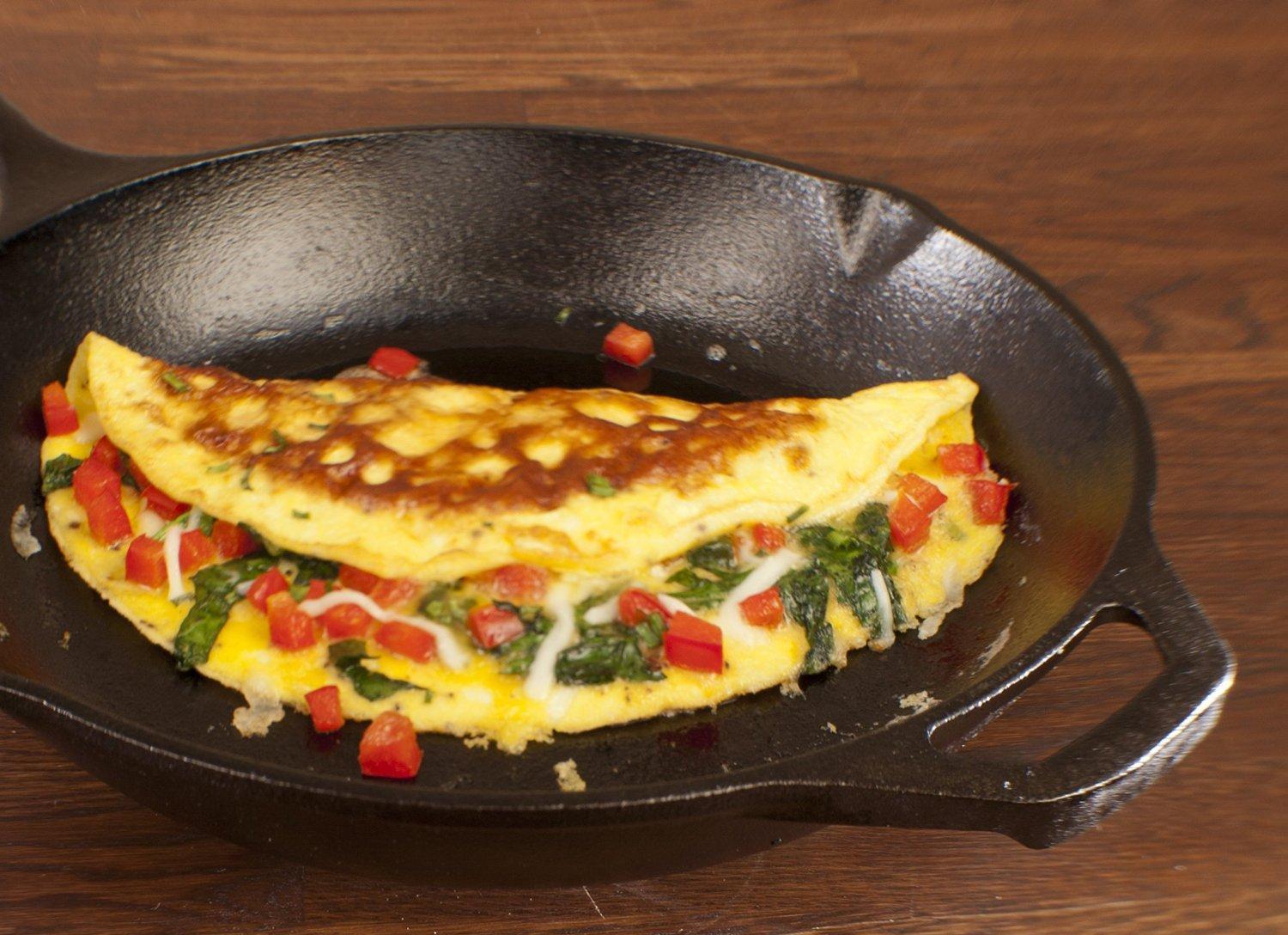 Lodge LCS3 Pre-Seasoned Cast-Iron Chef's Skillet, 10-inch
