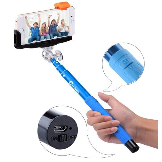 Cootree Z07 Extendable Selfie Stick with Bluetooth Remote Shutter built-in