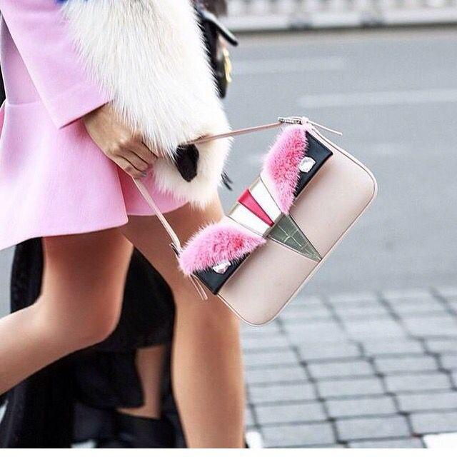 From $200+Free Global Shipping Fendi Handbags,Shoes and more @ Farfetch