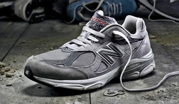 New Balance Men's M990 Running Shoe
