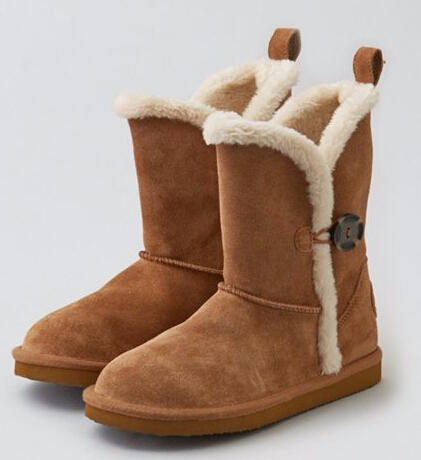 AEO BUTTONED SOFT LEATHER BOOT
