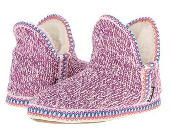 MUK LUKS Amira Candy Coated Nordic