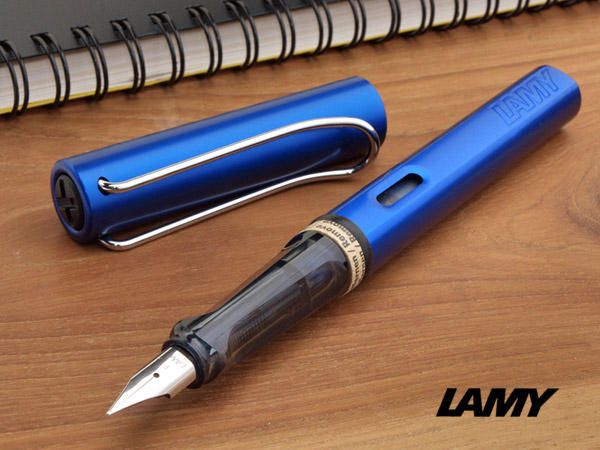 Lamy Safari Fountain Pen, Shiny Blue Barrel - Medium Nib
