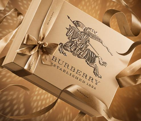 30% Off Burberry Sale Handbags & Wallets @ Saks Fifth Avenue