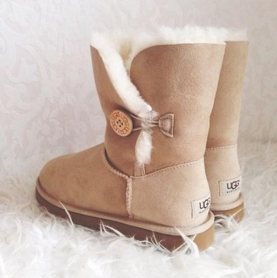 Up to 67% Off UGG Women's Boots On Sale @ 6PM.com
