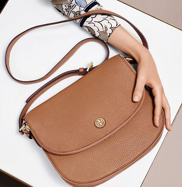 Up to 30% OFF Tory Burch Robinson Pebbled Messenger @ Tory Burch