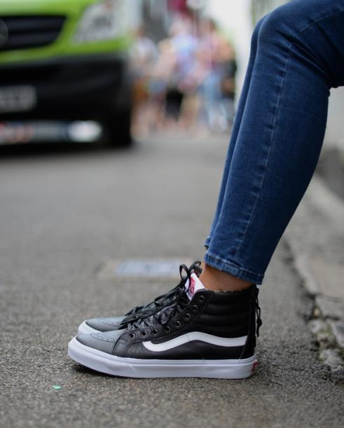 Up to 33% Off + Extra 20% Off Select Vans Shoes Sale @ Urban Outfitters