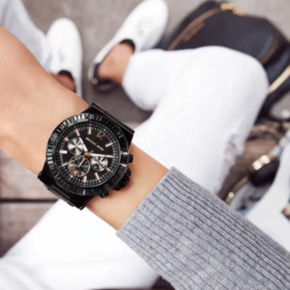 Up to 60% Off + Extra 10% Off Michael Kors Watches @ WorldofWatches.com