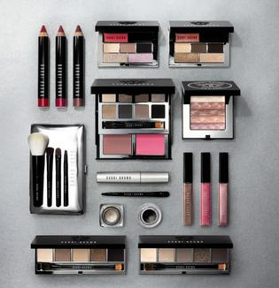 From $32 Holiday Palettes & Sets @ Bobbi Brown Cosmetics