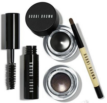 $48($74 Value) IN THE BLACK LONG-WEAR EYE SET
