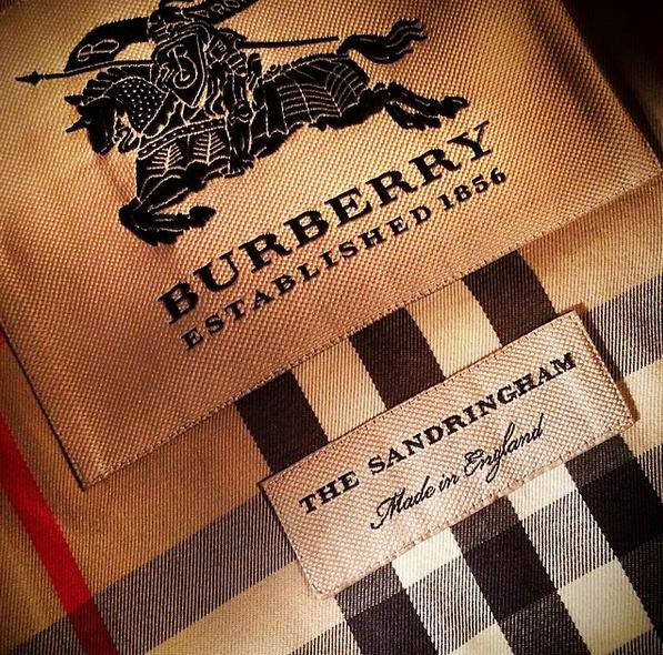 Up to $400 Gift Card with regular-priced Burberry purchase  @ Bergdorf Goodman
