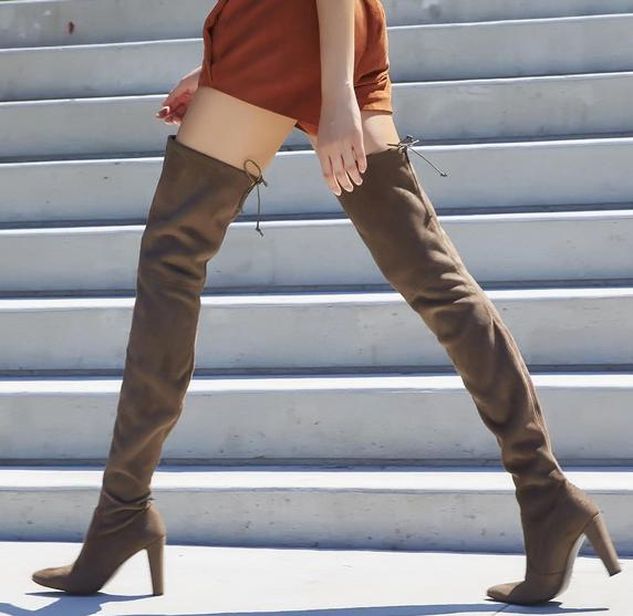 Extends One Day!  Up to $300 Gift Card with Stuart Weitzman Boots Purchase  @ Bergdorf Goodman