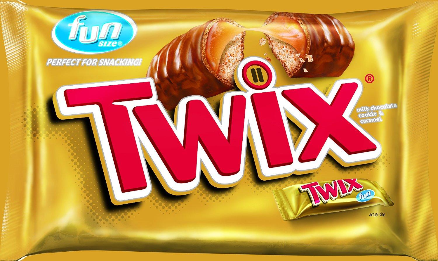 Twix Caramel Fun Size Chocolate Candy, 22.34 Ounce Bag (Pack of 2)