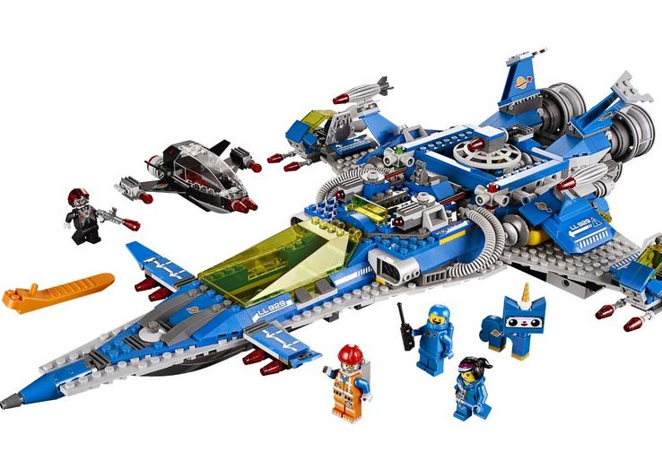 $75.99 LEGO Movie 70816 Benny's Spaceship Building Set