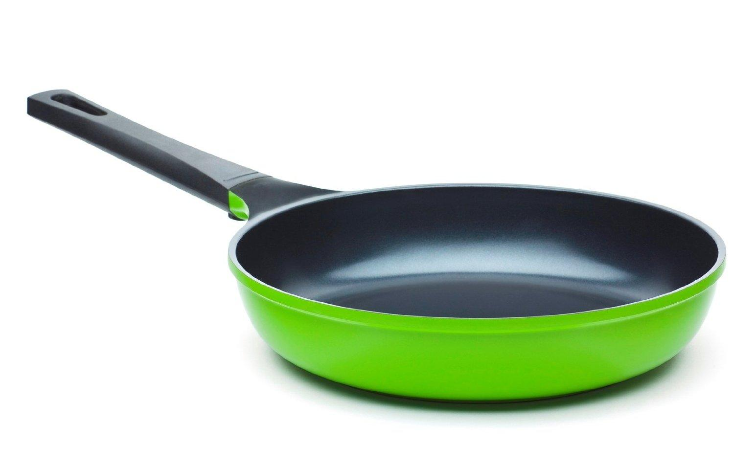 The Green Earth Frying Pan by Ozeri, with Smooth Ceramic Non-Stick Coating (100% PTFE and PFOA Free)