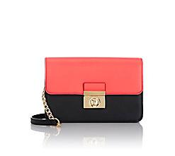 Extra 30% Off MILLY Bags @ Barneys Warehouse