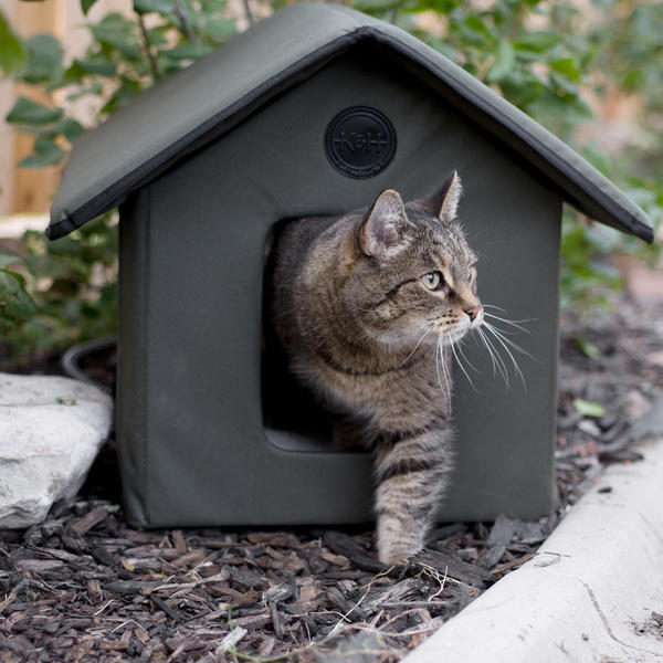 "$45.04 K&H Manufacturing Outdoor Kitty House - Olive 18"" X 22"" X 17"""