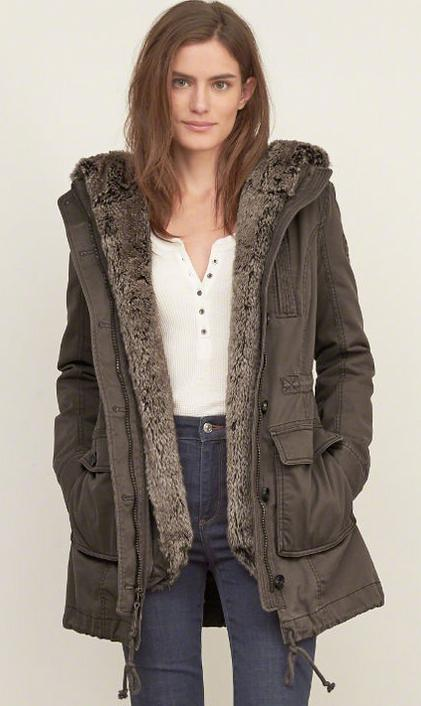 Up to $100 Off Men's and Women's Outwear @ Abercrombie & Fitch