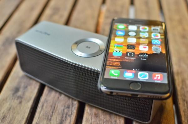 LG Electronics Music Flow P7 Portable Bluetooth Speaker
