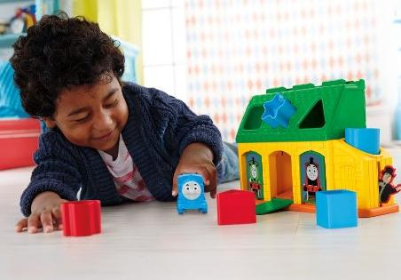Fisher-Price My First Thomas The Train Tidmouth Shape Sorter @ Amaozn