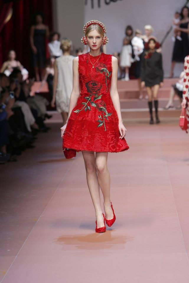 Up To $300 Gift Card Dolce Gabbana Apparel,Handbags and more @ Neiman Marcus