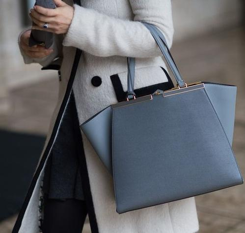 Up to 61% Off Fendi Handbags On Sale @ MYHABIT