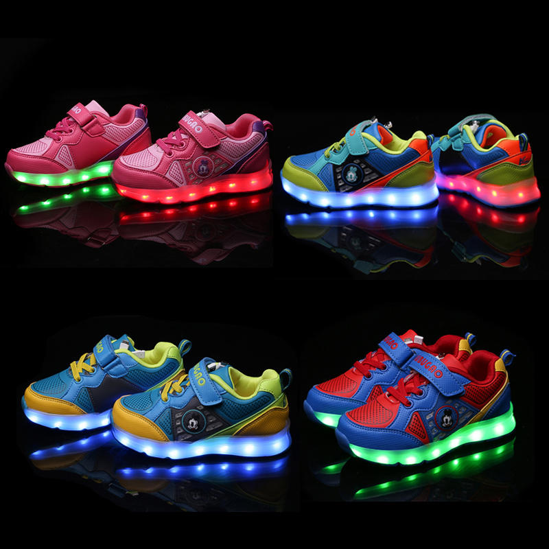 $19.99 Select Kids' Light-up Sneakers @ Stride Rite