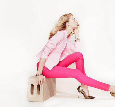 Up to 73% Off Think Pink Women's Apparel, Handbags & MoreOn Sale @ Gilt