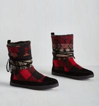Up to 70% Off Cozy and Cute Boots @ 6PM.com