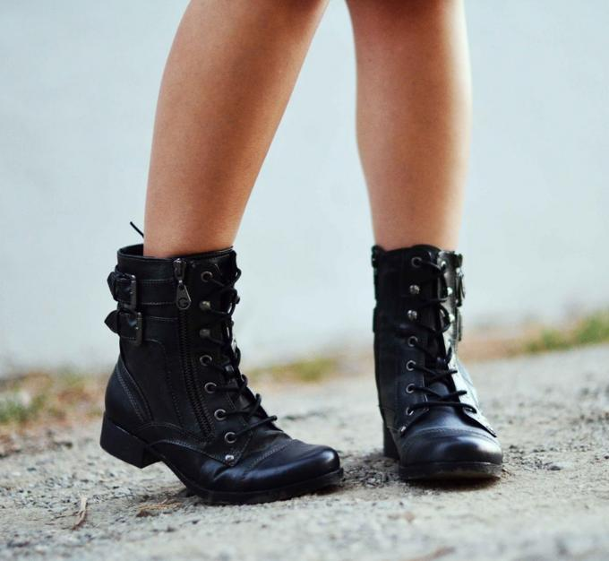 Up to 80% Off G by Guess Women's Boots On Sale @ 6PM.com