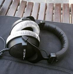 Beyerdynamic DT 770 Pro 250Ohms Dynamic Closed Headphone