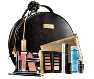 From $30 Select Holiday Gift Set @ Lancome