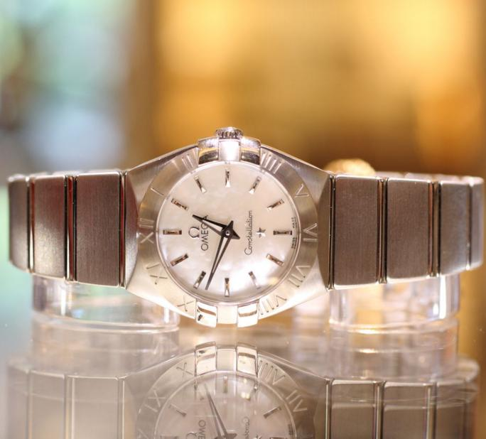 Omega Women's 123.10.24.60.05.001 Constellation Mother-Of-Pearl Dial Watch