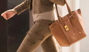 30% off + Free Shipping Select Lauren Ralph Lauren Handbag @ Mybag.com (US & CA)